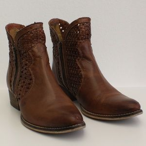 Seychelles Woven Leather Booties Zip Sides
